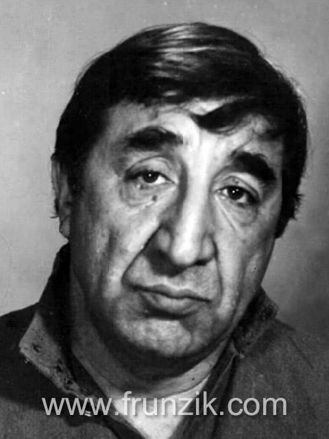 Портрет Фрунзика Мкртчяна
